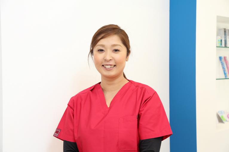 歯科助手 宮下 靖世